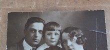 Мама, папа и брат Толик