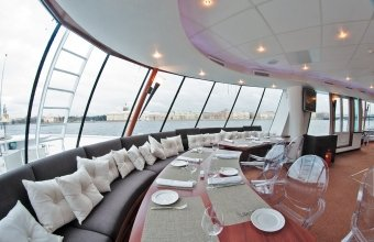 Ресторан-теплоход River Lounge
