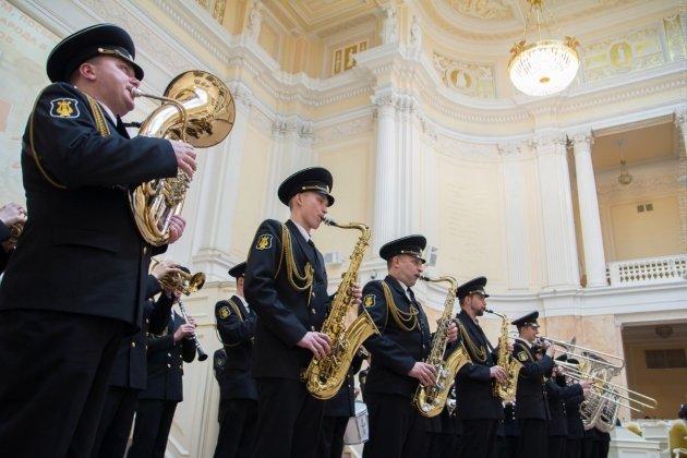Благотворительный концерт Адмиралтейского оркестра