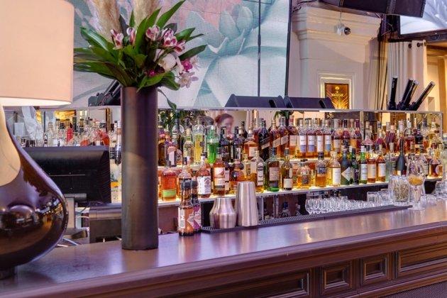Грандиозное открытие ресторана OBLAKA