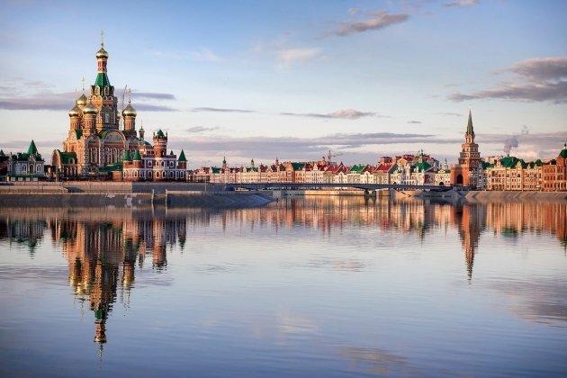 Выставка «Путешествуй по России»