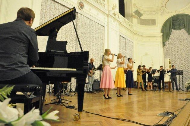 Концерт вокальной шоу-группы «Небесные ласточки»