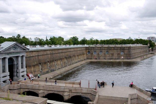 Бастионы Петропавловской крепости