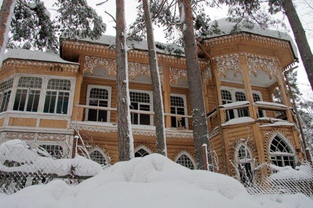 Виллы Юхневича в Комарово