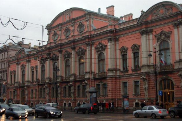 Дворец белосельских белозерских адрес