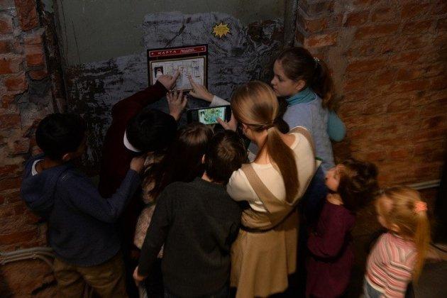 игровая программа в рамках фестиваля «Детские дни в Петербурге» - «Егор, давай во двор!»