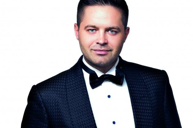 Праздничный сольный концерт Сергея Волчкова