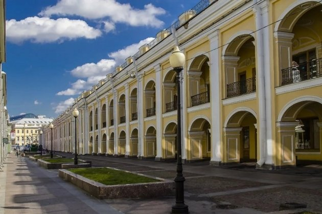 Гостиный двор в СПб