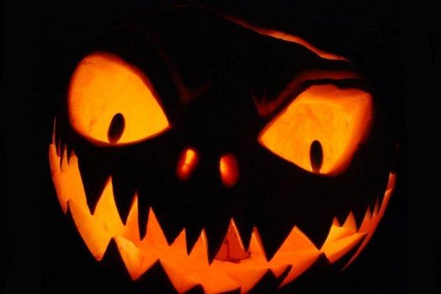 Вечеринка Halloween Hangover Party