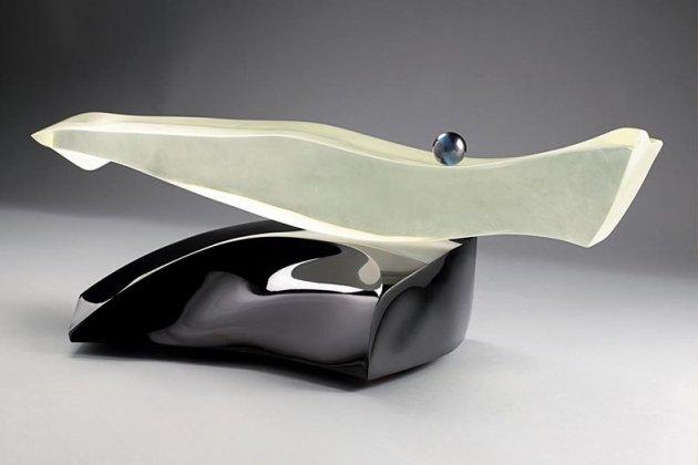 Выставка Андрея Молчановского «Скульптура. Оптическое стекло»