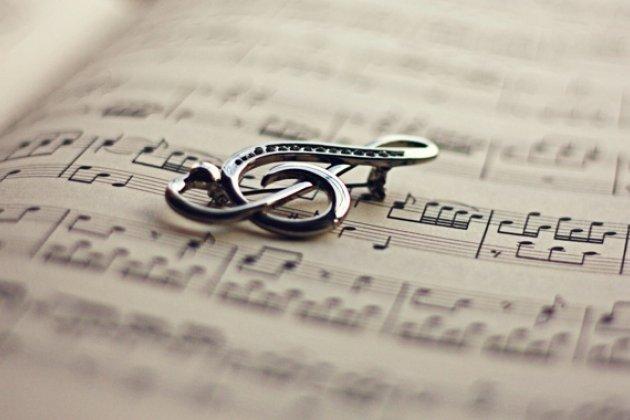 Первый международный музыкальный фестиваль для детей с ограниченными возможностями по слуху «Волшебная симфония»