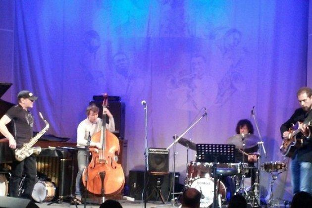 Интернациональный джаз и признание Хармсу под «АукцЫон»