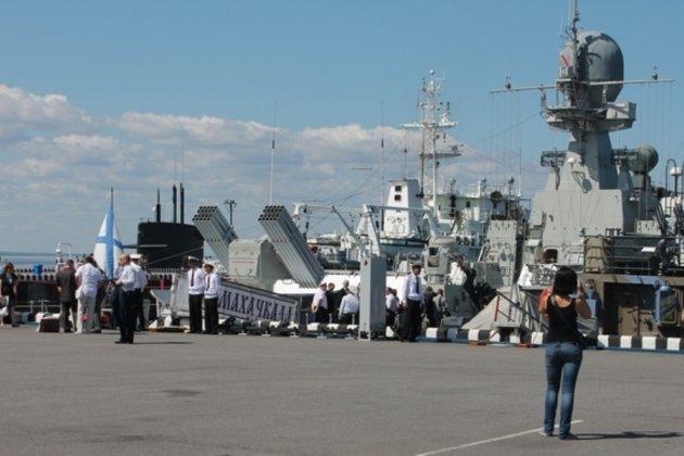 В Петербурге открылся Международный военно-морской салон