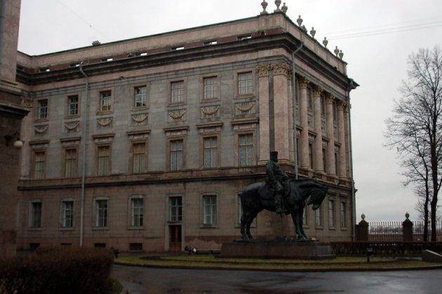 Мраморный дворец архитектора Антонио Ринальди в Санкт Петербурге