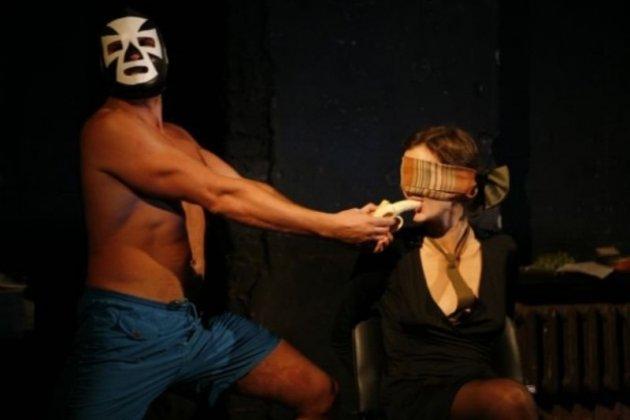 премьера спектакля «Носитель: избранное» «Театра.doc»