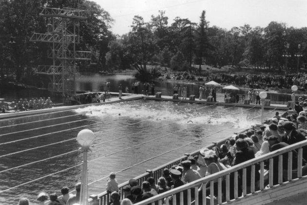 Общий вид плавательной станции. 1952