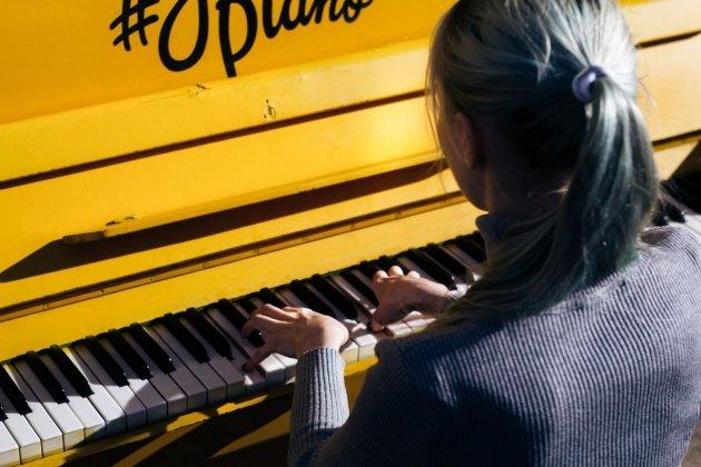 Лекции-концерты о современной фортепианной музыке