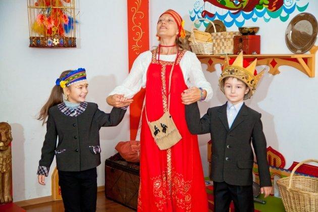 Спектакль «Сказка о мертвой царевне и 7 богатырях»