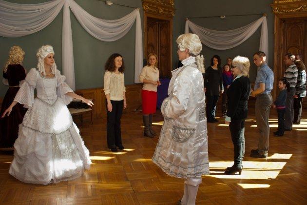 Театрализованная экскурсия «Светские тайны императорского Петербурга»