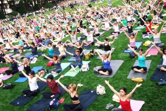 Фестиваль «Всемирный день йоги»