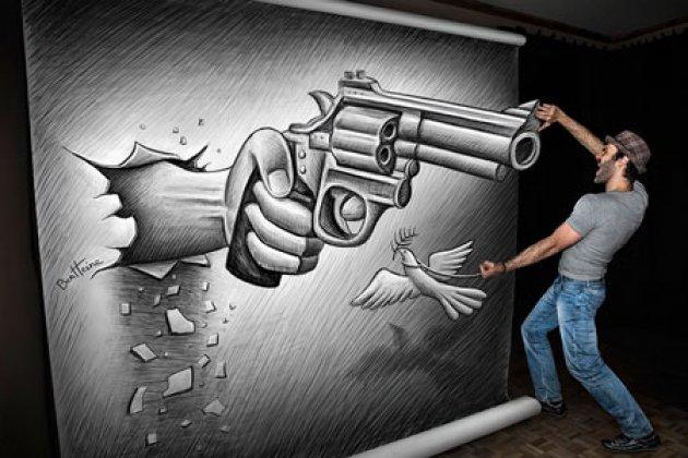 Выставка бельгийского художника Бена Хайне «Карандаш против камеры»