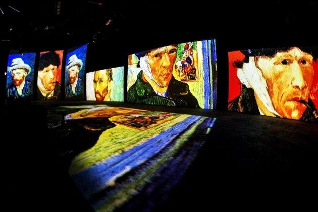 Выставка «Ван Гог - Живые полотна»