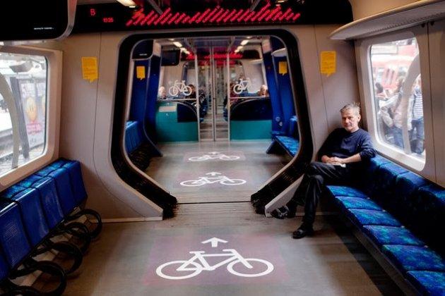 В Петербурге запускают бесплатный поезд «Велосипедная стрела»
