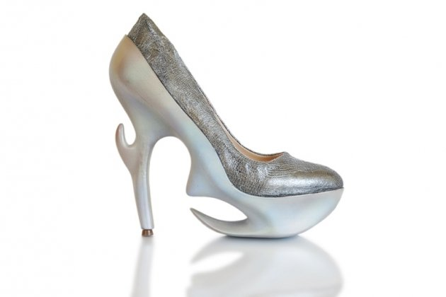 Выставка дизайнерской обуви будущего «Генезис»